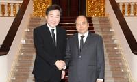 Thủ tướng Chính phủ Nguyễn Xuân Phúc hội kiến Thủ tướng Hàn Quốc Lee Nak Yeon