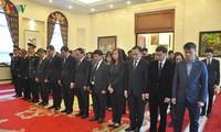 Cơ quan ngoại giao Việt Nam tại các nước tổ chức lễ viếng Chủ tịch nước Trần Đại Quang