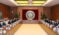 Trưởng Ban Tổ chức Trung ương Phạm Minh Chính tiếp Đặc phái viên của Thủ tướng Nhật Bản