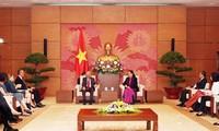 Phó Chủ tịch Thường trực Quốc hội Tòng Thị Phóng tiếp Đoàn lãnh đạo các cơ quan của Liên hợp quốc tại Việt Nam