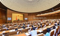 Quốc hội họp phiên bế mạc