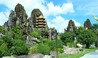 Hơn 6 vạn du khách tham quan Di tích Quốc gia đặc biệt Ngũ Hành Sơn