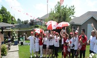 Người Việt mừng Quốc khánh Canada