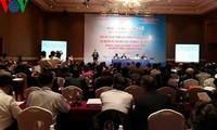 Hội thảo: Liên kết vùng trong quá trình tái cơ cấu kinh tế ở Việt Nam