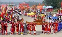 Giỗ Quốc tổ Lạc Long Quân khai mạc Giỗ tổ Hùng Vương - Lễ hội Đền Hùng năm 2016