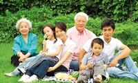 Xây dựng gia đình Việt Nam no ấm, bình đẳng và hạnh phúc!