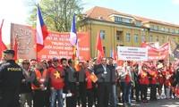 Chủ tịch Hội Séc – Việt phản bác luận điệu sai trái về tình hình Biển Đông