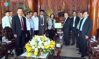 Trưởng ban Dân vận Trung ương Trương Thị Mai chúc mừng Tổng Giáo phận Huế nhân dịp lễ Phục sinh