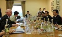 Việt Nam tăng cường quan hệ hợp tác toàn diện với Ireland