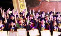 Hanoi honors 84 outstanding graduates