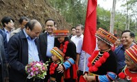 PM attends national unity festival in Bac Kan city