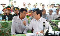 ประธานประเทศTrương Tấn Sang เยือนเกาะLý Sơn จังหวัด Quảng Ngãi
