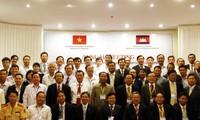 เวียดนามและกัมพูชาเจรจาเกี่ยวกับการปฏิบัติข้อตกลงขนส่งทางบก