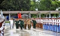 Đoàn đại biểu quân sự cấp cao Việt Nam thăm chính thức Cuba