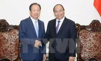 Thủ tướng Nguyễn Xuân Phúc tiếp Tổng Giám đốc Samsung điện tử, Hàn Quốc