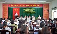Chủ tịch Quốc hội Nguyễn Thị Kim Ngân tiếp xúc cử tri thành phố Cần Thơ