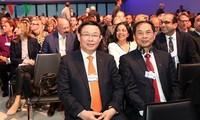 Phó Thủ tướng Vương Đình Huệ tham dự các hoạt động tại WEF 2018