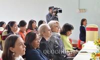 Đoàn nữ Đại biểu Quốc hội và các tổ chức ngoại giao Quốc tế thăm tỉnh Hòa Bình