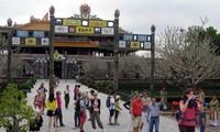 Du lịch trực tuyến tại Việt Nam - xu hướng tất yếu