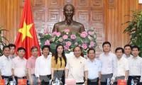 Thủ tướng Nguyễn Xuân Phúc làm việc với lãnh đạo chủ chốt tỉnh Quảng Ngãi