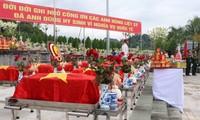 Truy điệu và an táng 25 hài cốt liệt sỹ quân tình nguyện Việt Nam hy sinh tại Lào