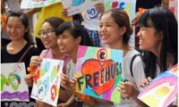 Ngày hội Ôm quốc tế 2018 diễn ra tại thành phố Hồ Chí Minh