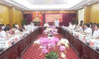 Phó Chủ tịch Quốc hội Phùng Quốc Hiển thăm, làm việc tại Bắc Kạn