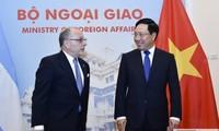 Hội đàm cấp Bộ trưởng Ngoại giao Việt Nam và Argentina