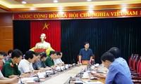 Phó Thủ tướng Trịnh Đình Dũng chỉ đạo công tác khắc phục sạt lở nghiêm trọng tại tỉnh Hòa Bình