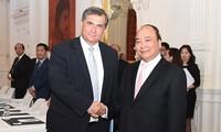 Thủ tướng Nguyễn Xuân Phúc tiếp doanh nghiệp tại Áo