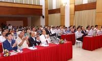 Chủ tịch UBMTQVN Trần Thanh Mẫn và Phó Thủ tướng Trương Hòa Bình dự Ngày hội Đại đoàn kết