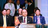 Thủ tướng Nguyễn Xuân Phúc kết thúc chuyến tham dự Hội nghị cấp cao APEC lần thứ 26