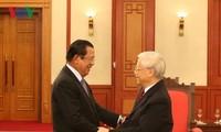 Tổng Bí thư, Chủ tịch nước Nguyễn Phú Trọng tiếp Thủ tướng Chính phủ Hoàng gia Campuchia Samdech Techo Hun Sen