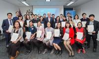 Australia tiếp tục hỗ trợ cựu sinh Việt Nam đóng góp cho phát triển toàn diện của đất nước