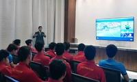 Liên đoàn bóng đá châu Á phổ biến kiến thức công nghệ VAR cho tuyển Việt Nam