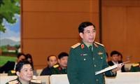 Ủy ban Thường vụ Quốc hội: Xây dựng dân quân tự vệ vững mạnh rộng khắp