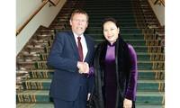 CTQH Nguyễn Thị Kim Ngân làm việc tại Nghị viện Châu Âu