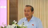 Phó Thủ tướng Thường trực Chính phủ Trương Hòa Bình tiếp xúc cử tri tại Long An