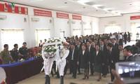 Truy điệu, tiễn đưa hài cốt liệt sĩ quân tình nguyện – chuyên gia Việt Nam hy sinh tại Lào về nước.