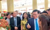 Phó thủ tướng Vương Đình Huệ dự Diễn đàn sản xuất, tiêu thụ vải thiều Bắc Giang