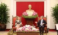 Trưởng ban Kinh tế Trung ương Nguyễn Văn Bình tiếp Nhóm Công tác Điện và Năng lượng, Diễn đàn Doanh nghiệp Việt Nam