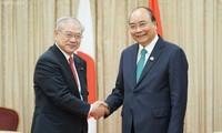 Thủ tướng Nguyễn Xuân Phúc gặp gỡ cộng đồng người Việt tại vùng Kansai, Nhật Bản