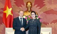 Chủ tịch Quốc hội Nguyễn Thị Kim Ngân tiếp Đại sứ Bruno Angetlet