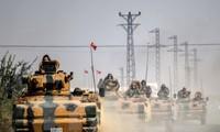 Турция не планирует пересматривать решение о размещении военной базы в Катаре
