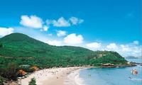 Пляж Шамшон - одно из красивейших мест на севере Вьетнама