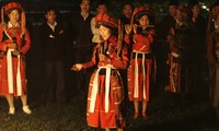 Своеобразная женская одежда народности Патхен