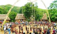 Нгуен Суан Фук утвердил проект проведения cъезда представителей нацменьшинств Вьетнама