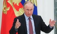 陈大光祝贺普京当选俄总统