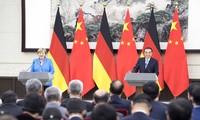 中德总理会谈讨论双边贸易关系