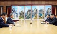 韩国总统文在寅通报与朝鲜领导人金正恩的会晤结果